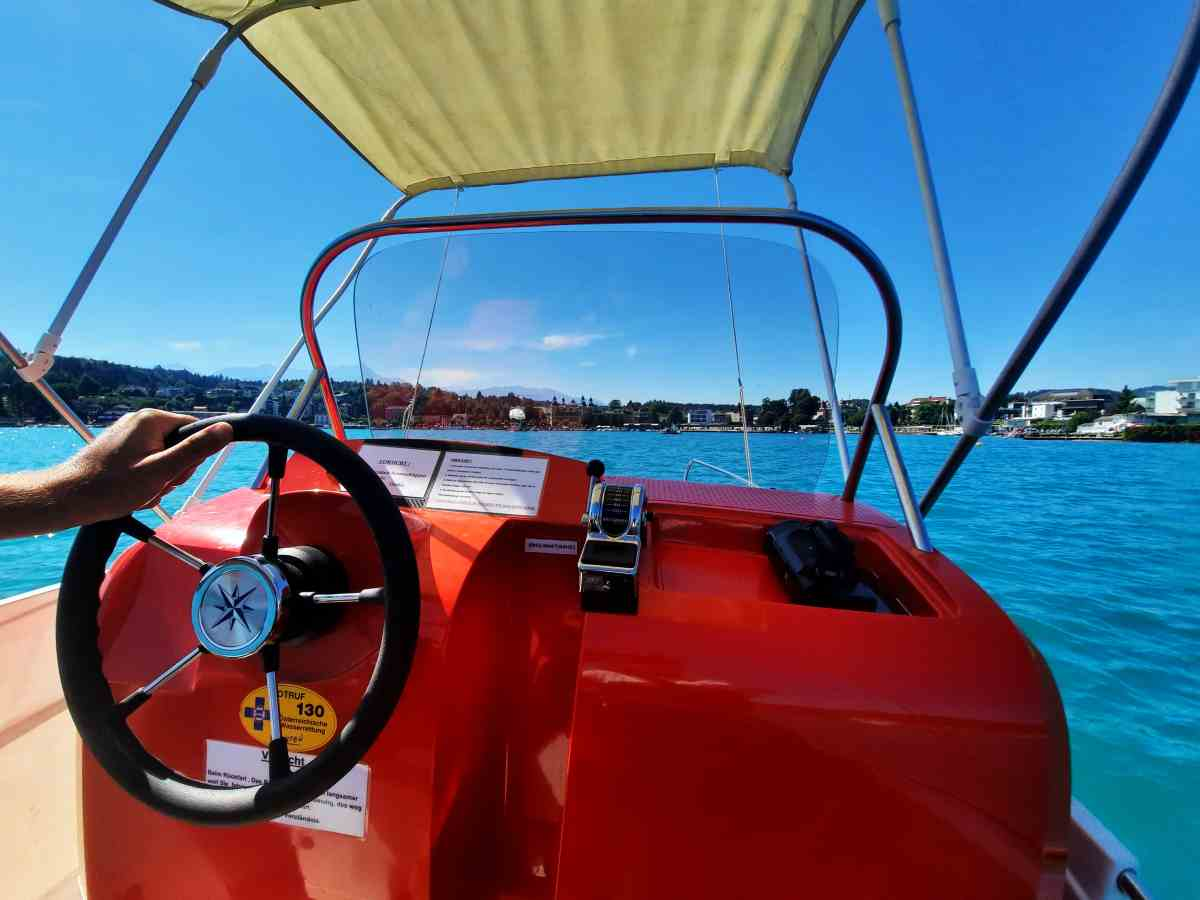 E-Boot fahren Wörthersee